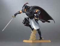 Daryum con la spada e con l'elmo