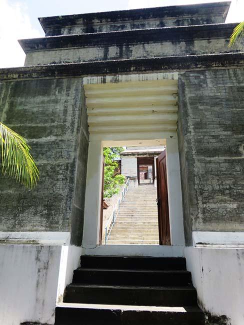 Gerbang Menuju Makam Raja-Raja Yogyakarta