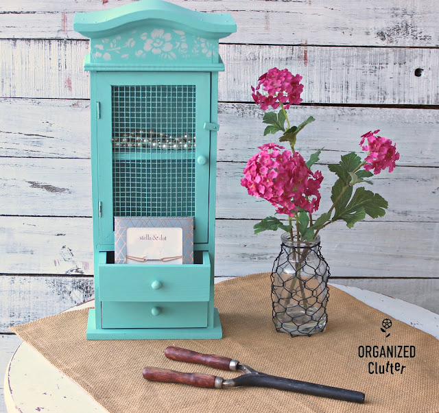 Goodwill Wooden Jewelry Box Upcycle #upcycle #dixiebellepaint #aqua #stencil #stencilroll #jewelryarmoire