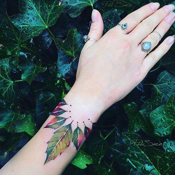 Stunning Leaf Tattoos For Girls