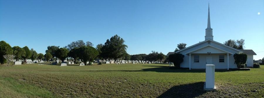 Friendship Memorial Chapel y cementerio