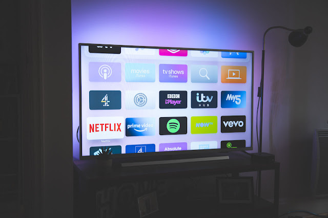 Ecuador: Gobierno retirará impuesto a los servicios de TV de paga, incluyendo los que son vía Internet