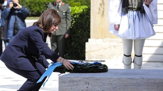 Ο εορτασμός της 25ης Μαρτίου στην Αθήνα - Μήνυμα πιλότου της πολεμικής αεροπορίας (βίντεο)