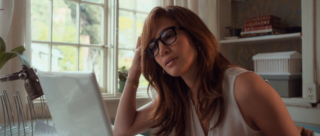The Boy Next Door (2015) Full Movie [English-DD5.1] 720p BluRay With Hindi PGS Subtitles Download