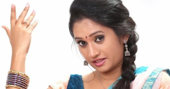 Priyanka Pallavi Latest Hot Navel Show Stills In Half