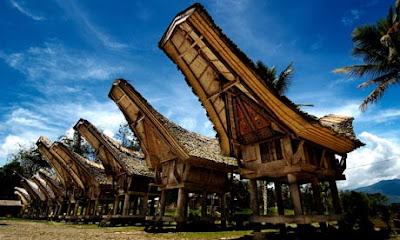 Rumah Toraja - Sulawesi Selatan - Makassar Tour Package - SALIKA