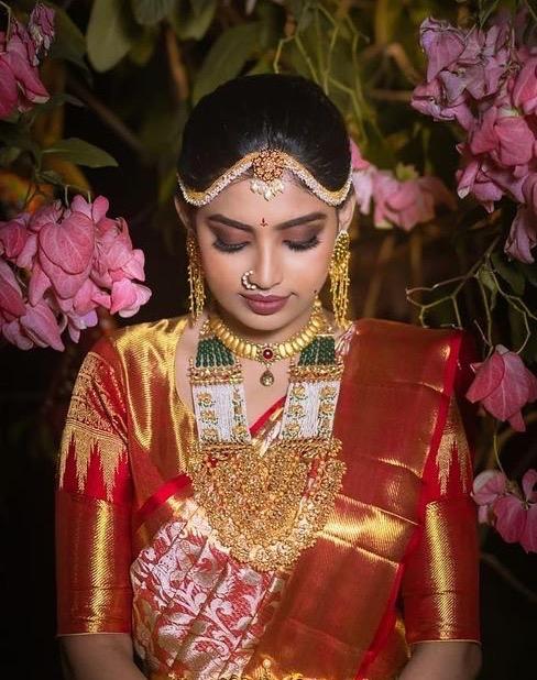 Bride in Pearls Broad Haram