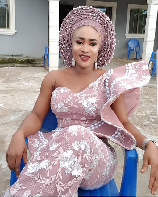 2019 Lovely and Gorgeous Asoebi Styles