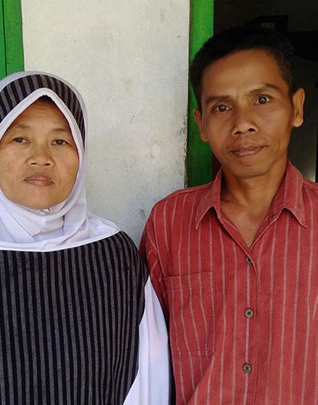 Pak Ngadino dan Istri