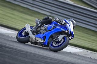 Yamaha-YZF-R1-2020-3