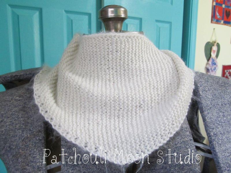 Patchouli Moon Studio Knit Baktus Scarf