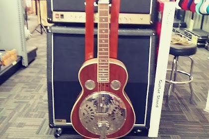 8Dio Steel String Guitar Bundle KONTAKT Download