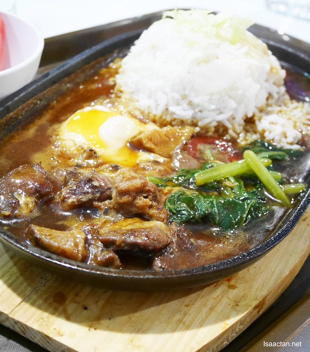 Sizzling Lamb Rice with egg
