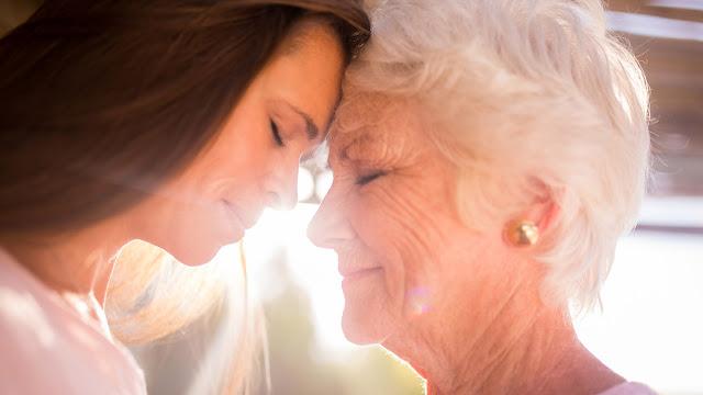 «Вернуть бы маму на мгновенье» — красивое стихотворение