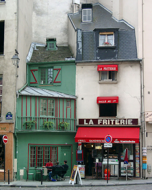 La Friterie, rue Galande, Paris