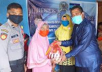 Dari Tambora, Dedy Kirimkan Pesan Sosial dan Solidaritas, Berbagi 308 Paket Sembako