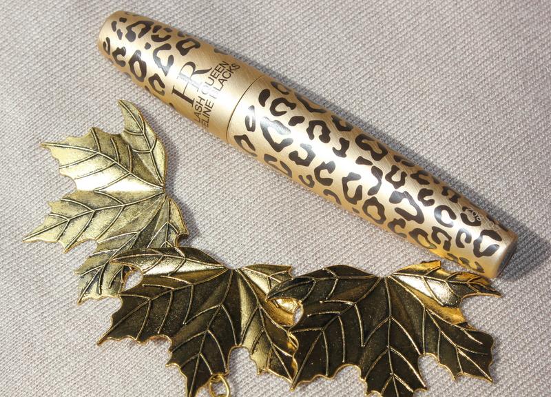 Отзыв: Helena Rubinstein Универсальная тушь для удлинения и объема ресниц (водостойкая) – HR Lash Queen Feline Blacks mascara.