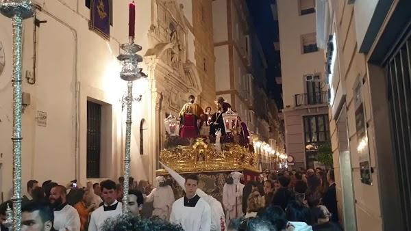 Vídeo de la Sagrada Cena por calle San Francisco de la Semana Santa Cádiz 2019