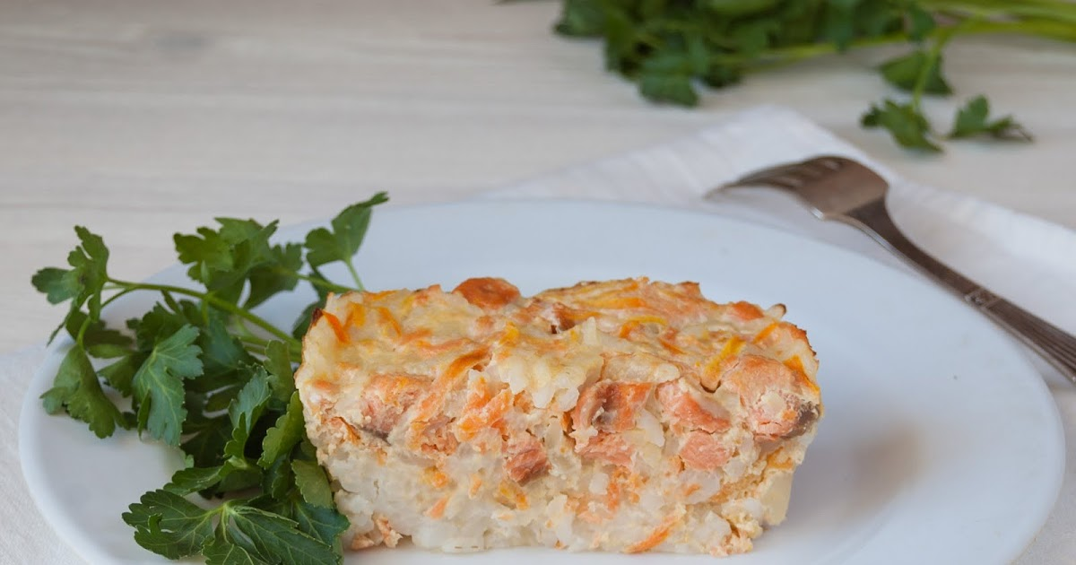 Последний слой запеканки – нарезанный на мелкие кусочки сыр.