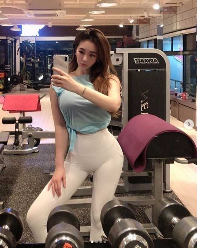 """Bỏng mắt trước vẻ đẹp vạn người mê của mỹ nhân Hàn Quốc sở hữu 3 vòng """"siêu đẹp"""", """"siêu chuẩn"""""""
