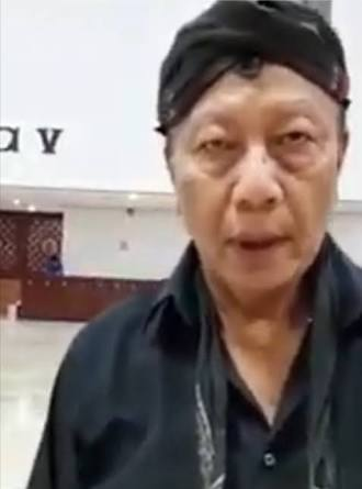 Dukun Jokowi Ngamuk, Pasukan Jin Kabur Setelah Dengar Adzan Subuh