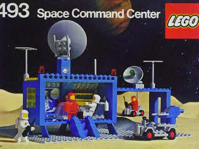 Space Command Center della serie Lego Space o Spazio