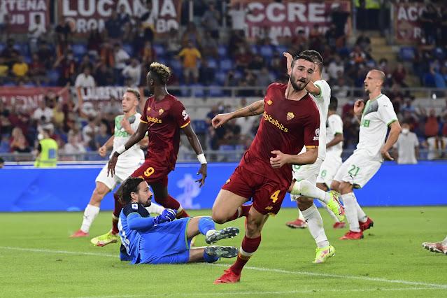 ملخص واهداف مباراة روما وساسولو (2-1) الدوري الايطالي