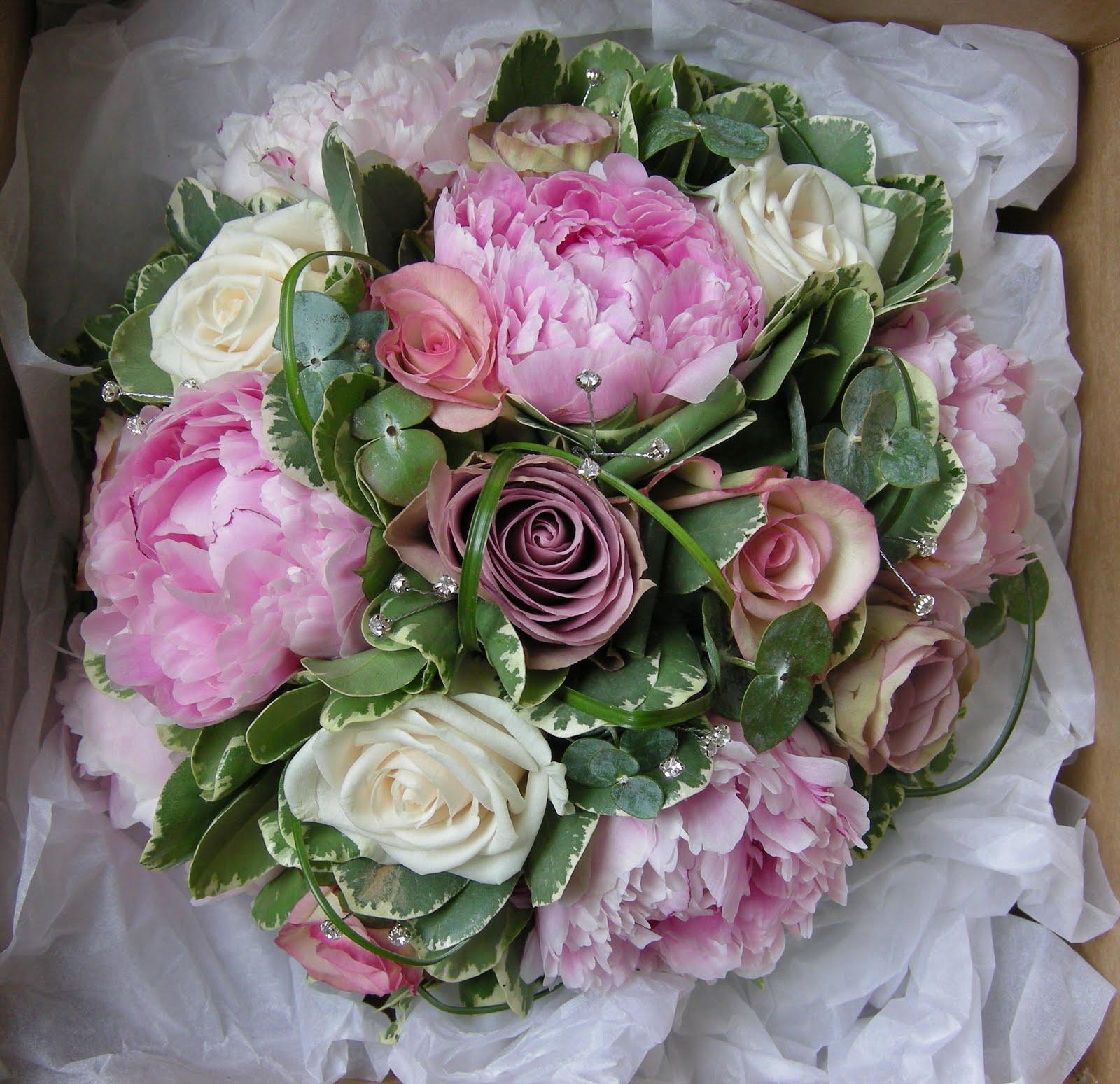 Vintage Flower Arrangements For Wedding: Wedding Flowers Blog: Kim's Vintage Wedding Flowers