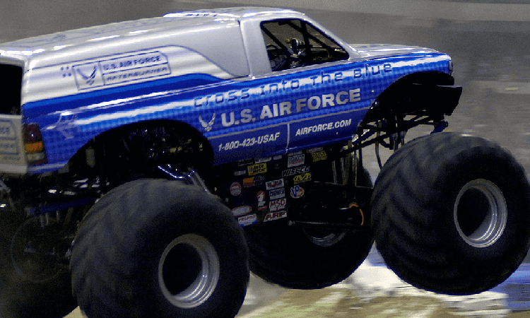 تحميل لعبة Monster Truck Challenge