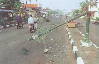 Peristiwa Gejayan (Tragedi Yogyakarta) 8 Mei 1998 tewasnya Moses Gatutkaca dalam demonstrasi reformasi