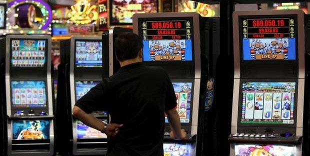 Riaperture: ecco la situazione aggiornata di come riapriranno sale scommesse, bingo e slot nelle singole Regioni