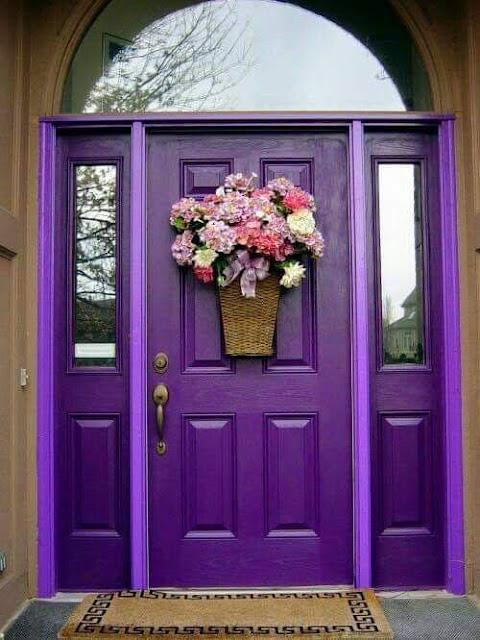 صور لأبواب ذات ألوان جميلة جدا يمكنكم تقليدها في بيوتكم