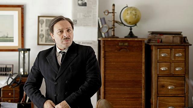 Vicento Romero como Emilio Herrera en el teaser de la cuarta temporada de 'El Ministerio del Tiempo'