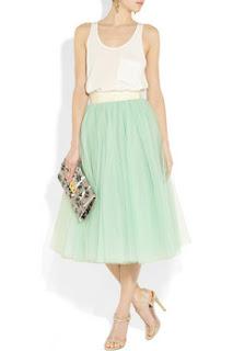 DeaTwilightZone - jeito minimalista de usar saia de tule