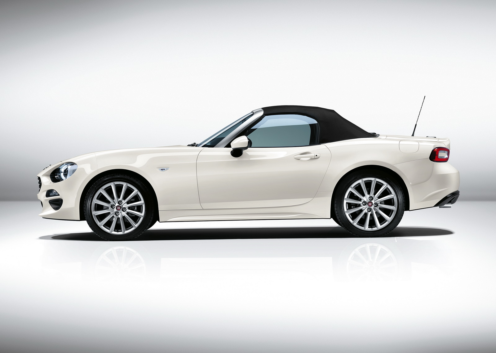 new fiat 124 spider officially launched in europe 60 photos carscoops