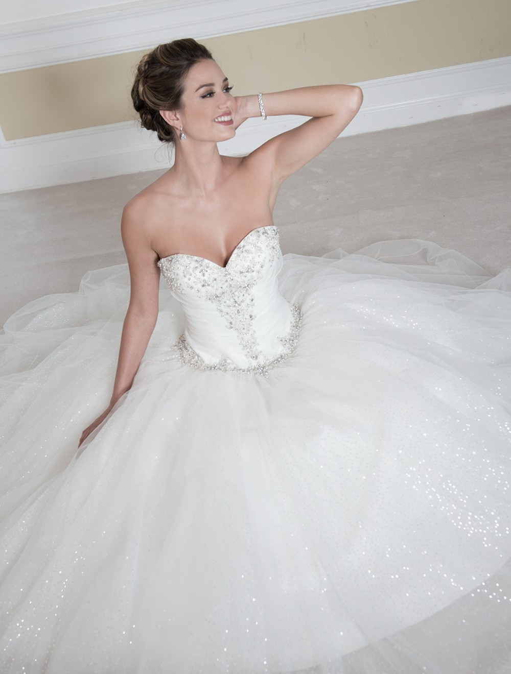 Venus Bridal : Gracefully Wear Our Beautiful Ball Gown Wedding Dresses