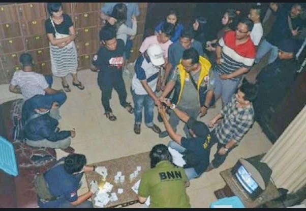 BNNP DKI Jakarta Bersama Polda Metro jaya ,Razia Diskotek Old City Terjaring 52 Pengunjung Positif Pemakai Narkoba