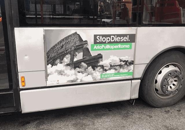 """Clamoroso a Roma: cartelloni sullo """"Stopdiesel"""" su bus pubblici euro3"""
