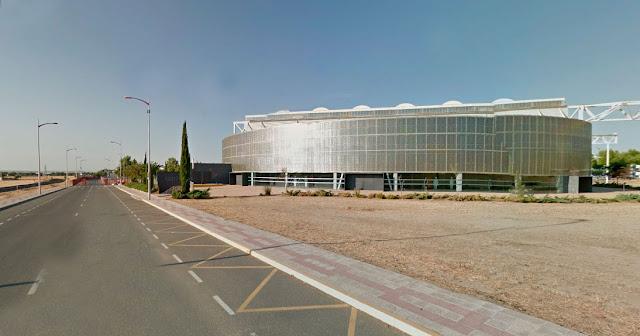 espacio escenico cubierto plaza de toros imagen google maps