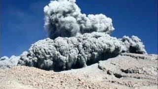 Kitört a perui szunnyadó vulkán (2013.szept.4.)