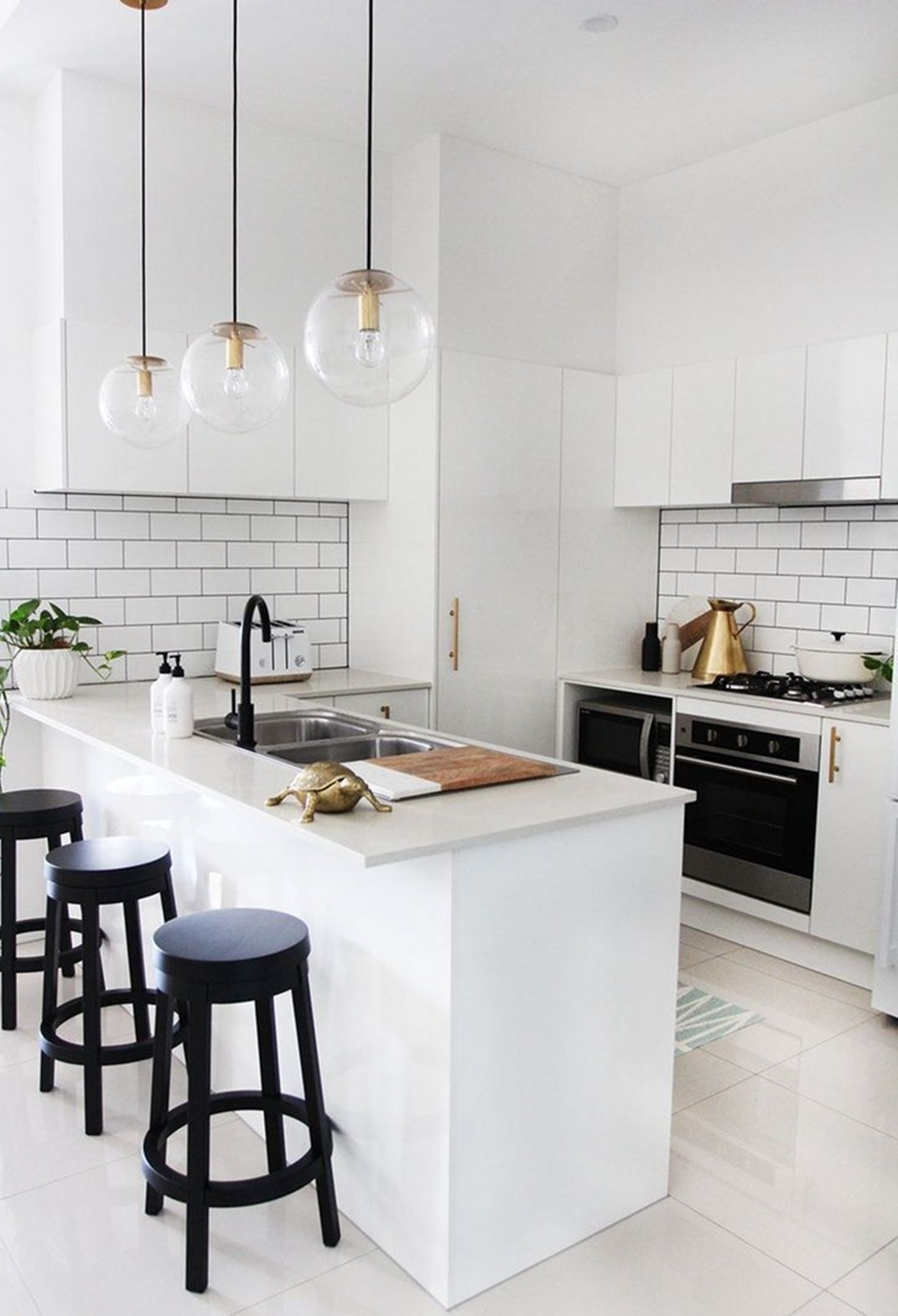 The Minimalist Kitchen