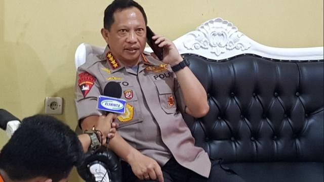 Tito Karnavian Tak Mau Komentar soal Kapolsek Dikerahkan Dukung Jokowi