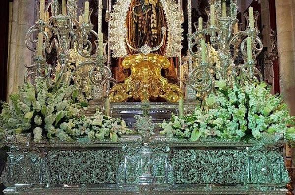 María Santísima de la Concepción Coronada de JErez será trasladada a la Santa a Iglesia Catedral en el paso de Nuestra Señora de la Hiniesta Coronada