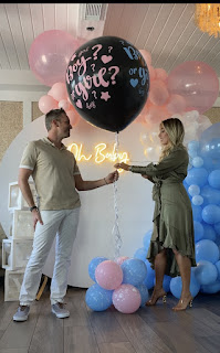 Giant 36'' Black Round Gender Reveal Balloon Pop with Pink and Blue Confetti & small balloons for a Baby Gender Reveal