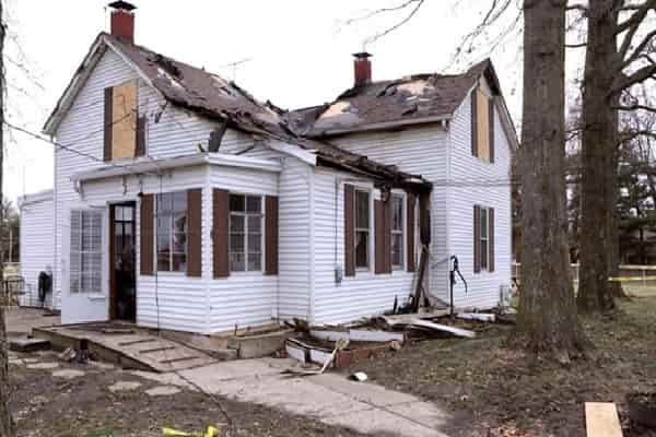 Fire ruins house for pets with special requirements at Randy's Rescue Ranch