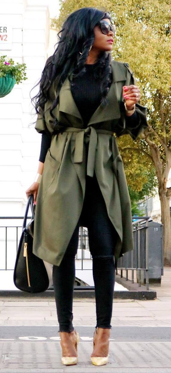 fall elegant outfit / bag + top + skinnies + heels + khaki coat
