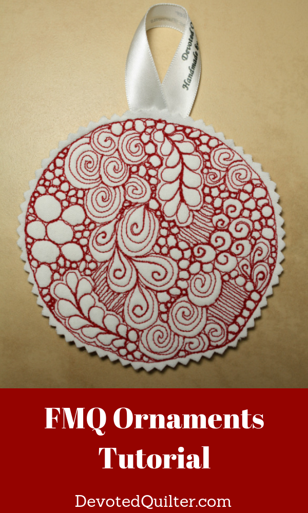 Free motion quilted Christmas ornaments | DevotedQuilter.com