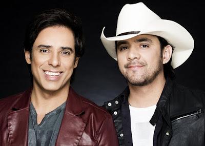 Guilherme e Santiago relembram grandes sucessos na tela da Band. Foto: Divulgação/Site Oficial