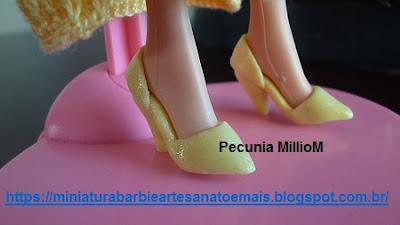 Sapatinhos de Biscuit Para Bonecas Barbie  Criados Por Pecunia MillioM