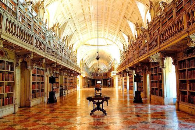 Biblioteca do Palácio Nacional de Mafra